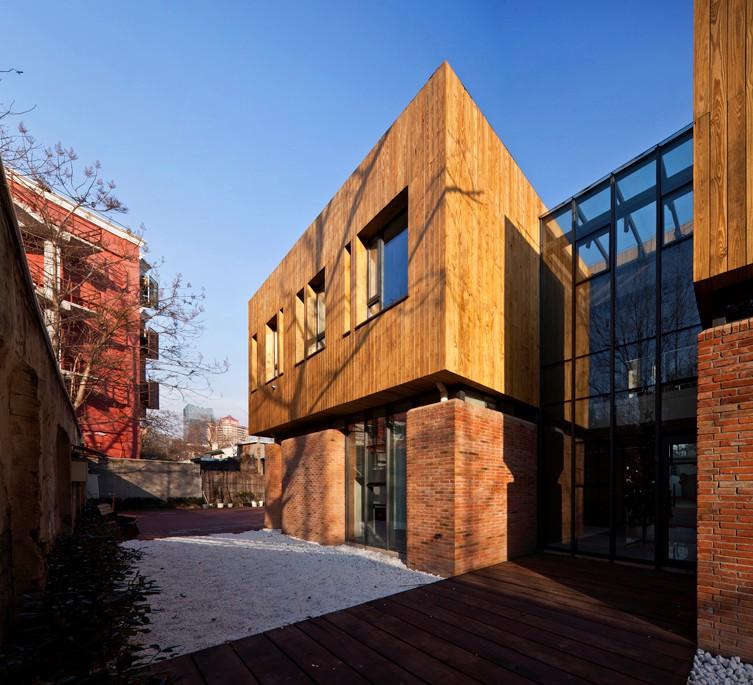 上海新华路639弄办公小筑建筑设计