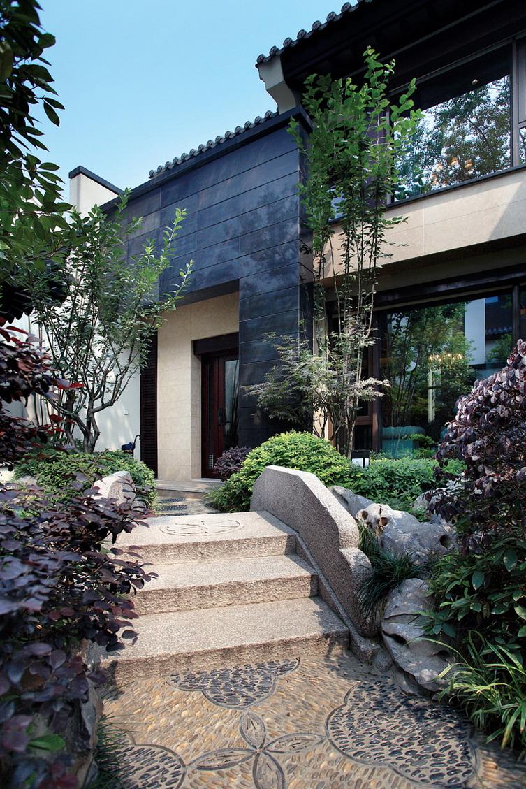 苏州3层砖混结构现代中式别墅图片