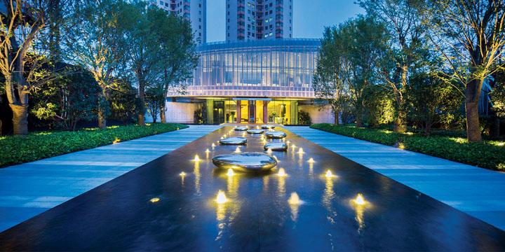 设计师:梁景华 景观设计:新加坡cicada / landau朗道国际设计 项目
