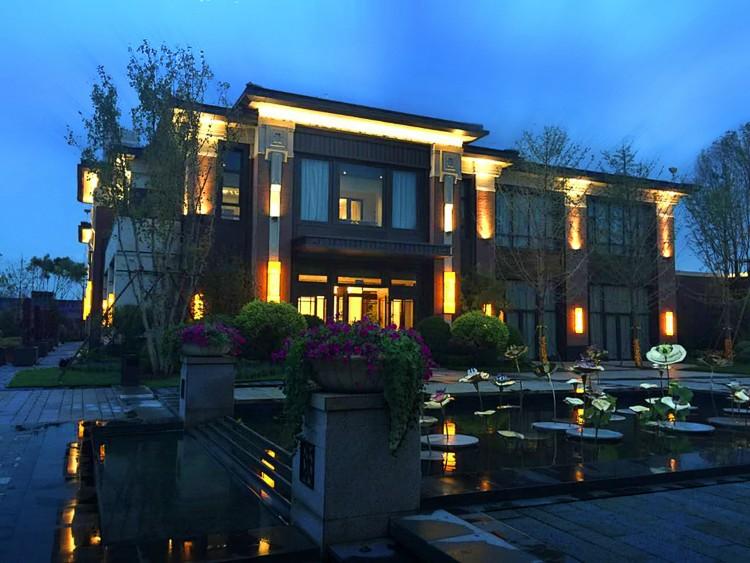 年份:2015国际:远洋大学设计:cdg西迪机构设计专业建筑规模:37万建筑设计地产211业主图片