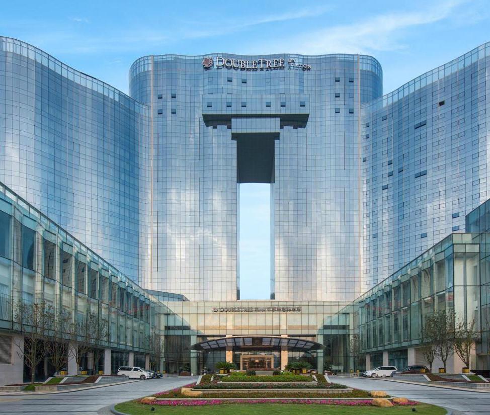 安顺百灵希尔顿逸林酒店景观设计
