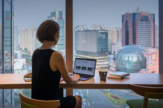上海港汇广场办伴共享办公室