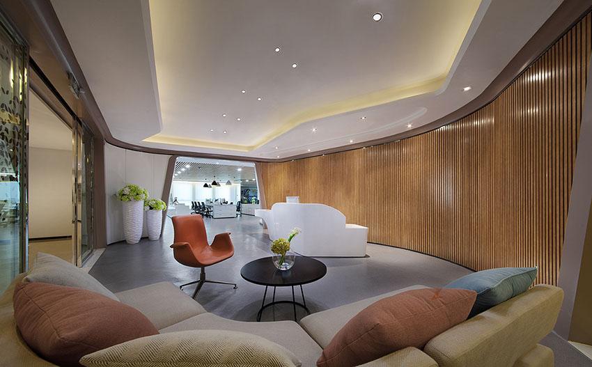 解构空间,创客梦工厂 昆明海伦先生办公空间样板房设计