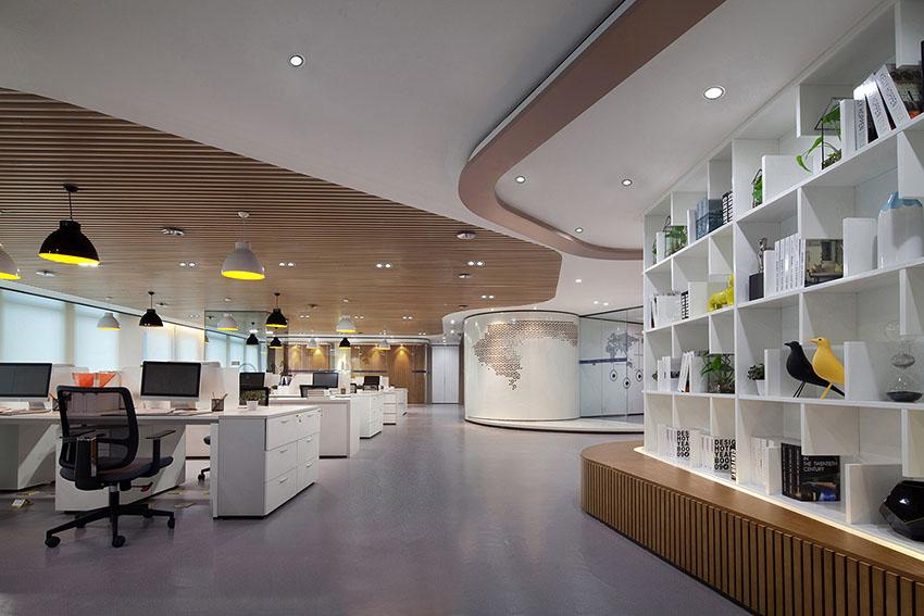 5昆明海伦先生办公空间设计-公共办公区3.jpg
