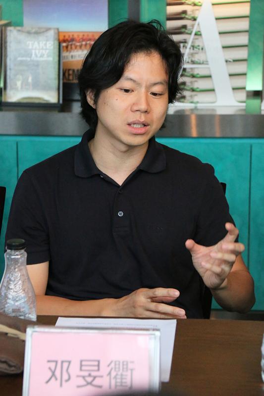 邓旻衢_副本.jpg