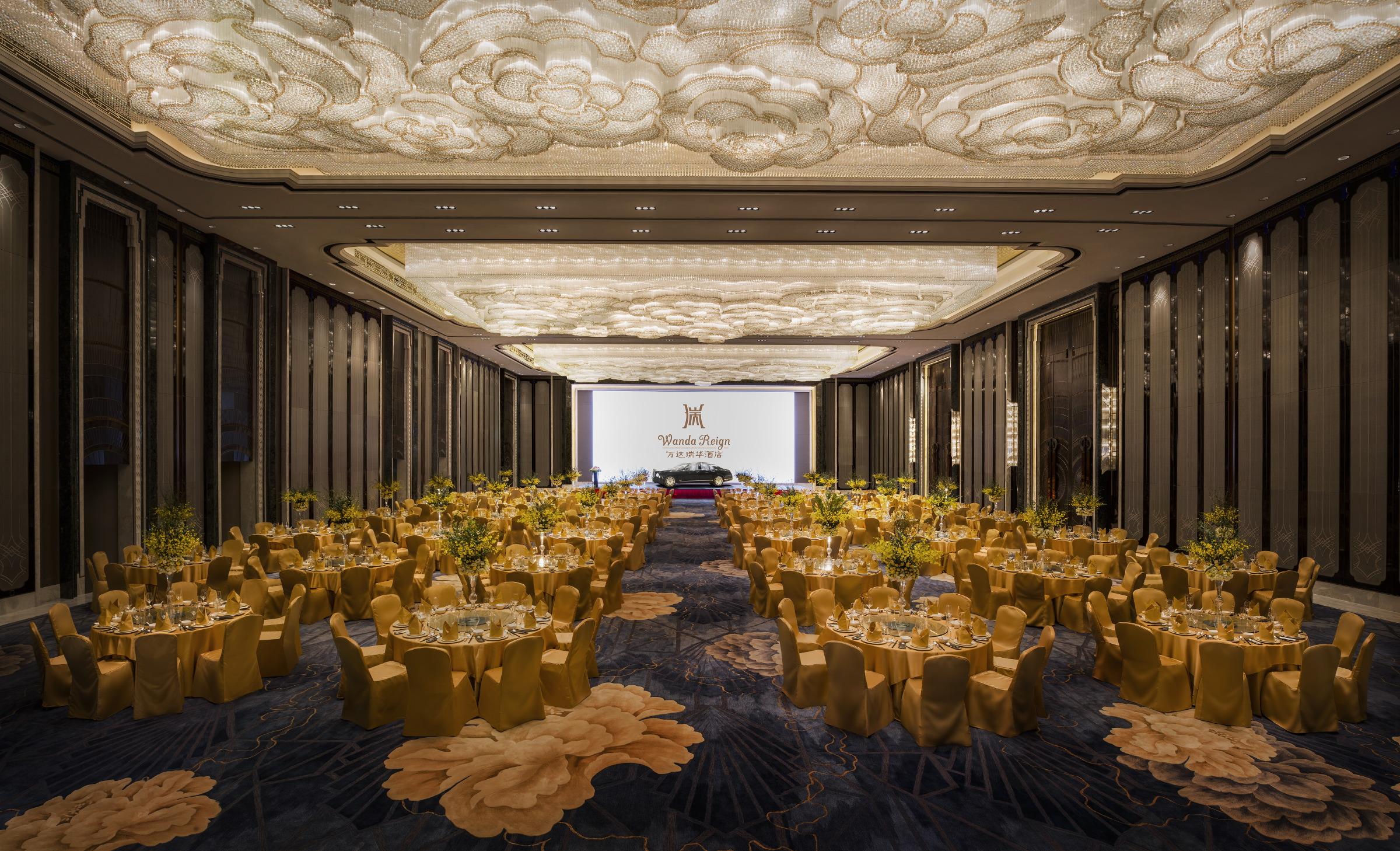 大宴会厅Grand Ballroom Gala Dinner-with Car.JPG
