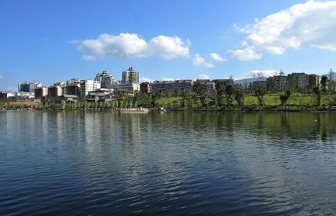 湛江市滨湖公园湿地项目