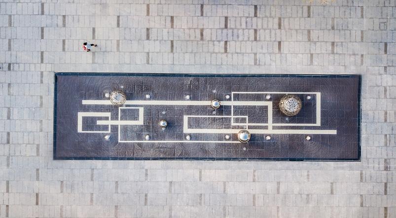 合肥蓝光·公园1号现代 自然 简约 典雅 展示区 住宅  镜面水景  入口 铁艺 雕塑 涌泉 灯光 夜景  景观设计(SED新西林景观国际,受邀加入ASLA协会,拥有风景园林工程设计专项甲级,业务范围:住宅及社区设计 酒店及度假设计、养老地产及产业园区设计、商业地产设计、城市及空间设计、城市规划设计).jpg