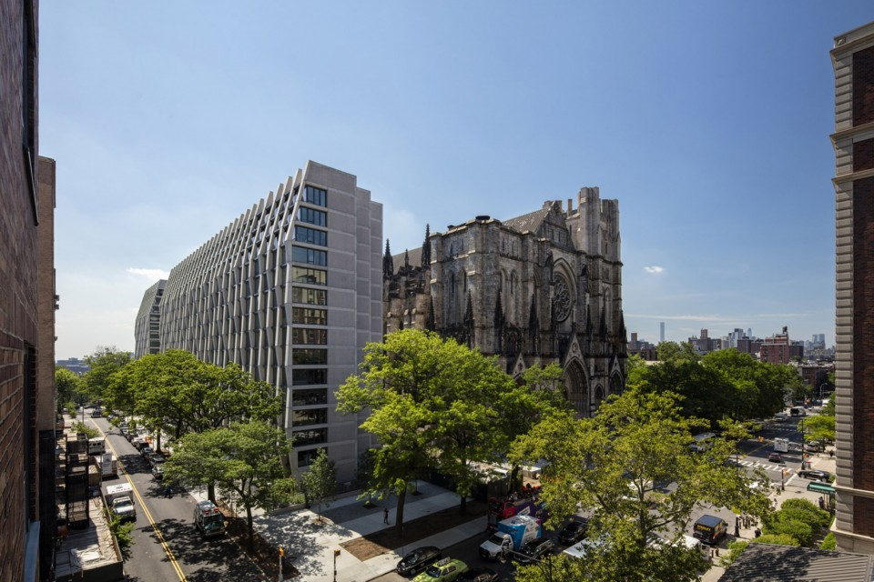1-Enclave-at-the-Cathedral-by-Handel-Architects-960x640.jpg