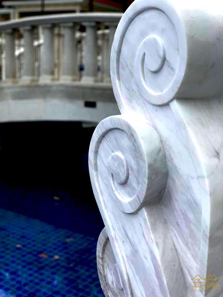 皇家森林溫泉區-黃金雨拱門 (2).jpg