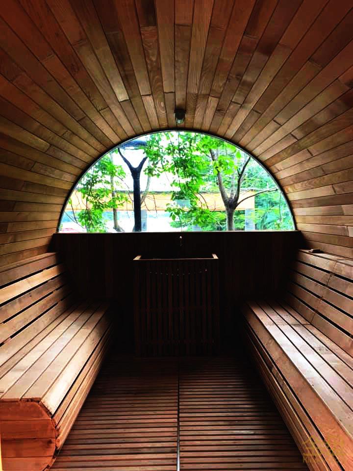 三正溫泉主入口區-酒桶蒸房.jpg