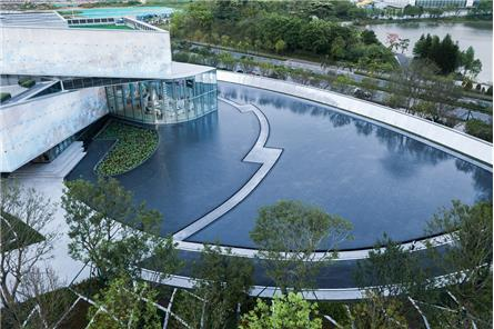 深圳世茂深港國際中心