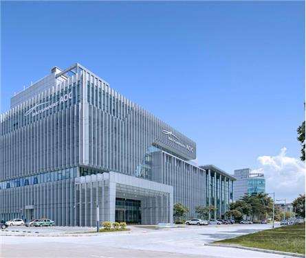 廣州白云國際機場綜合信息大樓