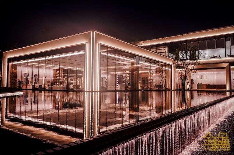 建筑外部景观夜景 (4).jpg