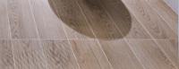 卫生间木纹地砖