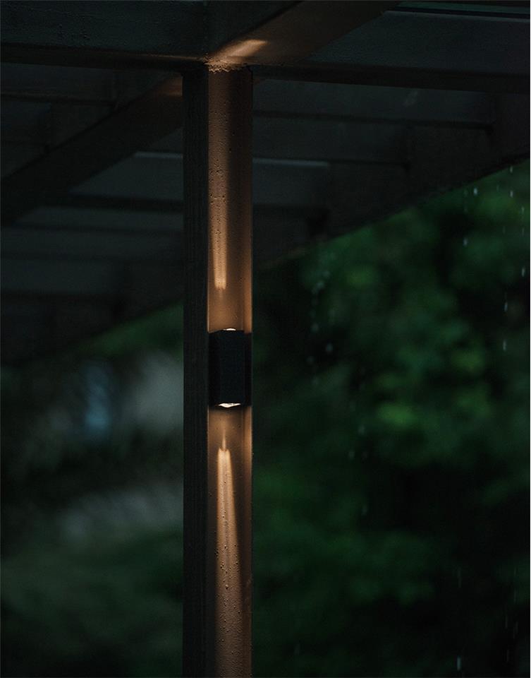 异形钢组合景墙,内藏灯
