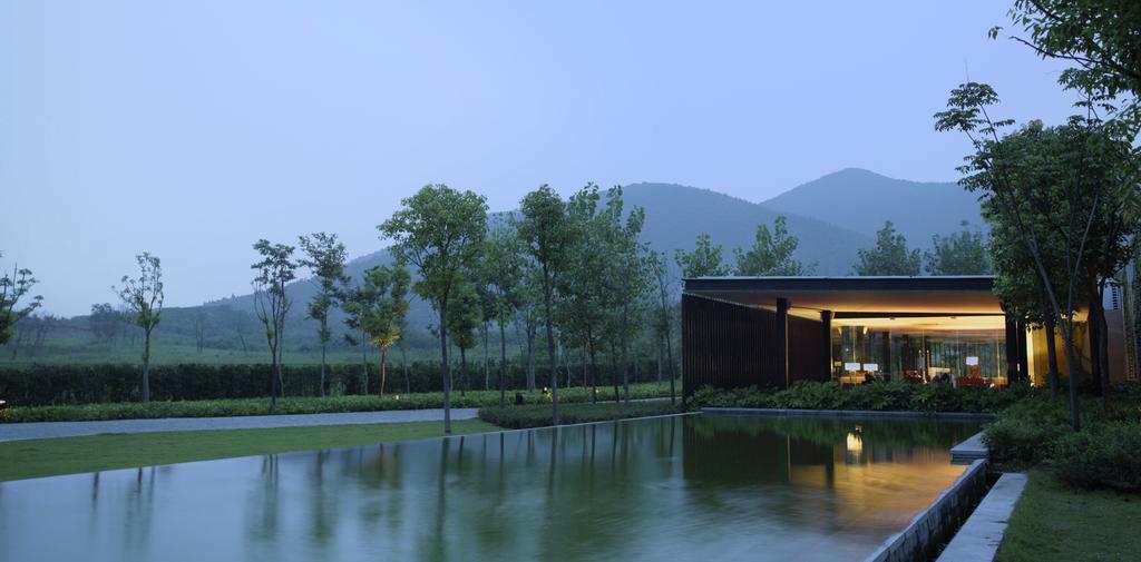 南京香樟华苹酒店