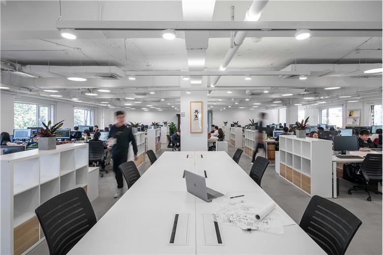 07,开放共享的办公空间,促进合作,使工作更加便捷.jpg