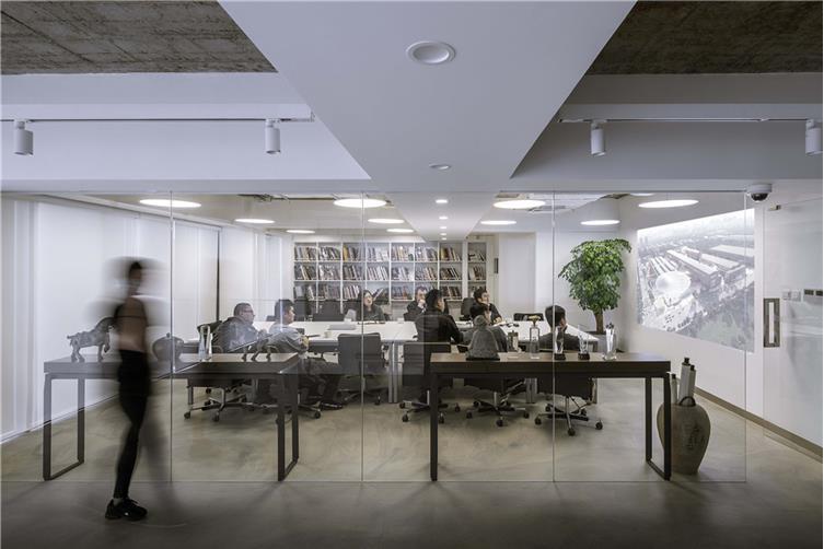 08,会议空间,展示设计师的高光时刻.jpg
