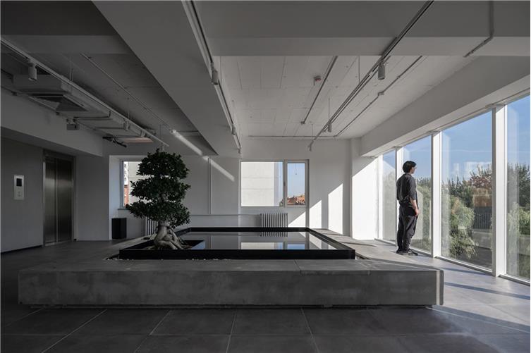 11,健身房&冥想空间,动静空间对立统一,运动与思考皆是设计师创作的原动力.jpg