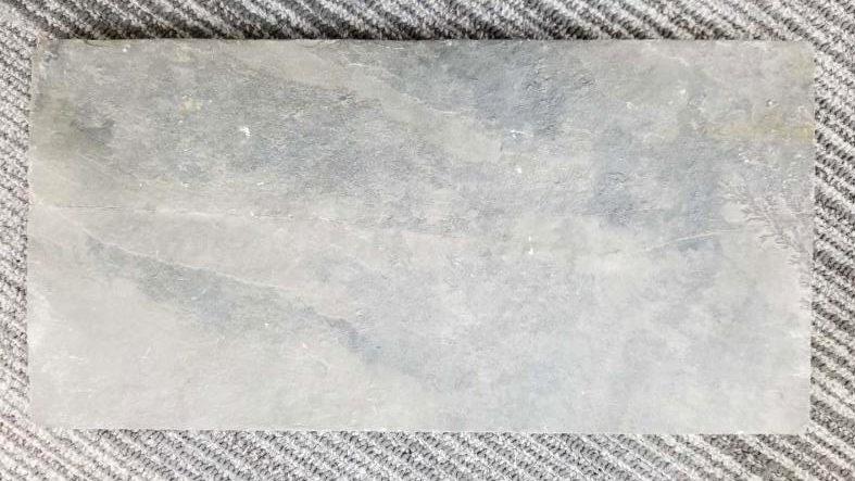 深灰色片岩