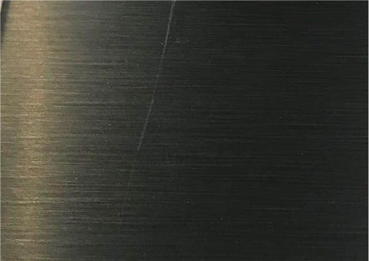 深咖色金属