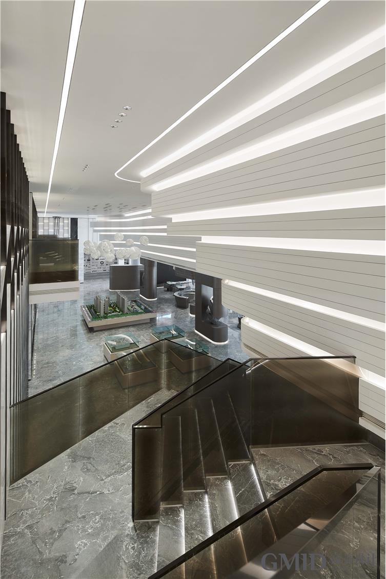 楼梯装饰玻璃