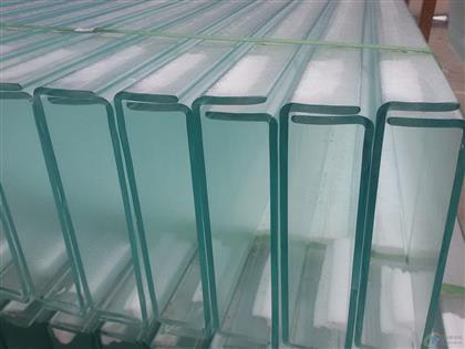 乳白色U型玻璃