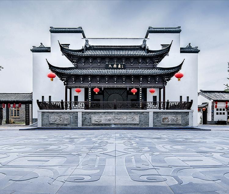 江苏淮安洪泽湖蒋坝银杏广场