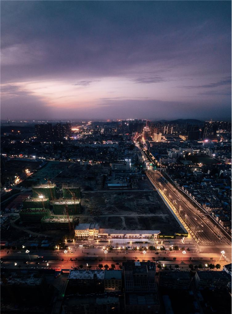 灵璧售楼处-鸟瞰夜景1.jpg