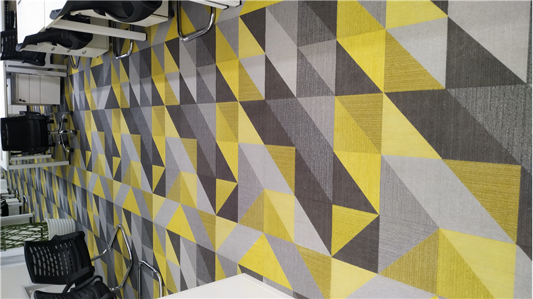 彩色方块地毯