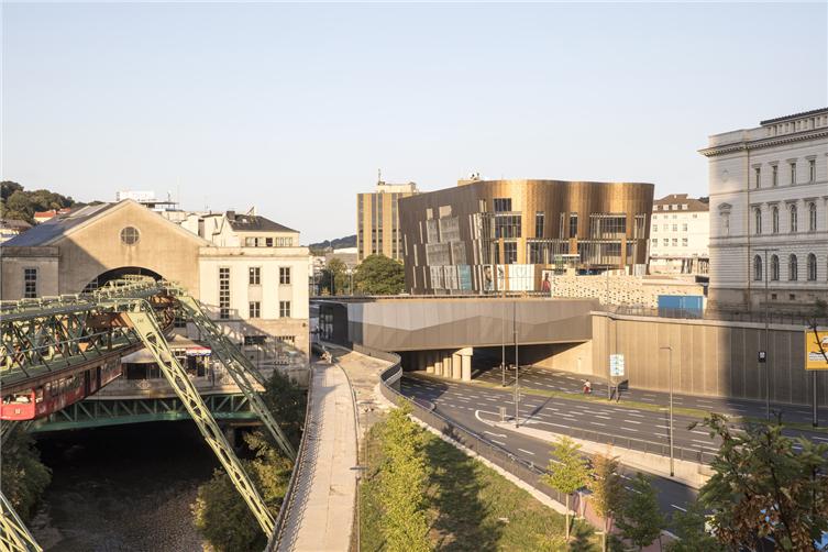 6_Best Regenerative Impact Project_City Plaza Wuppertal.jpg
