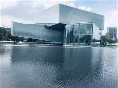 深圳 世茂深港国际中心示范区 - 唯格石英砖山西黑 GN2101A